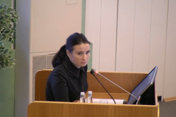 Винникова сообщила, чтообщая задолженность по квартплате по городу составляет 2,5 миллиарда рублей