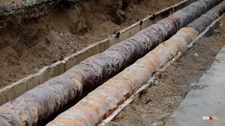 Жители Кизела жалуются, что четыре месяца живут без воды. Что говорят в администрации?