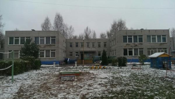 «Аромат канализации и кишечные инфекции»: в ярославском детском саду под пищеблоком текут нечистоты
