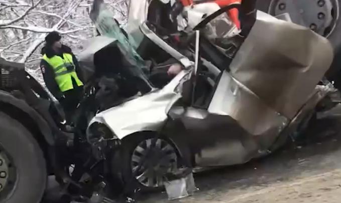 В полиции рассказали подробности аварии на трассе под Краснокамском — там погибли два человека