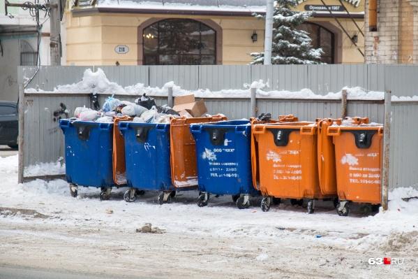 Сейчас бытовые отходы вывозят по графику, а не по факту накопления мусора