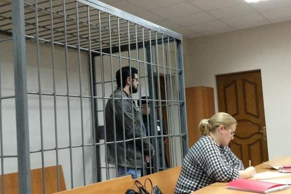 Бывший чиновник настаивает на домашнем аресте