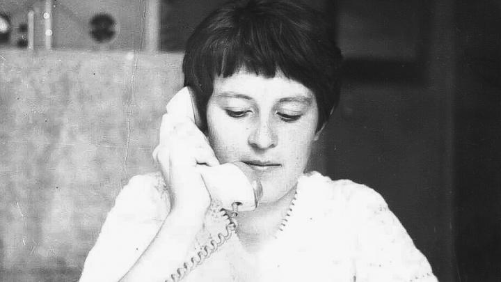 «Раз в месяц нам звонила бабушка по межгороду»: истории омичей о жизни в 80-е годы