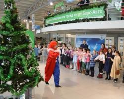 В Уфе прошла новогодняя елка вместе со ŠKODA в автосалоне «Барс-Авто»