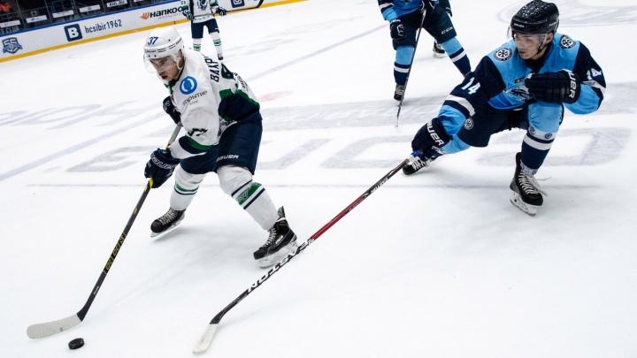 Хоккей: «Сибирские снайперы» проиграли «Мамонтам Югры»