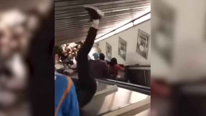 Российские футбольные фанаты пострадали во время обрушения эскалатора на станции метро в Риме
