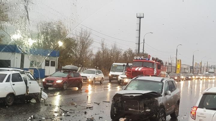 «Водитель получил права недавно»: полиция озвучила первую версию смертельного ДТП на Южном шоссе