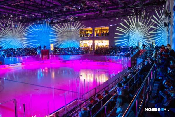 Вот такое красочное предматчевое шоу ожидало всех гостей торжественного открытия