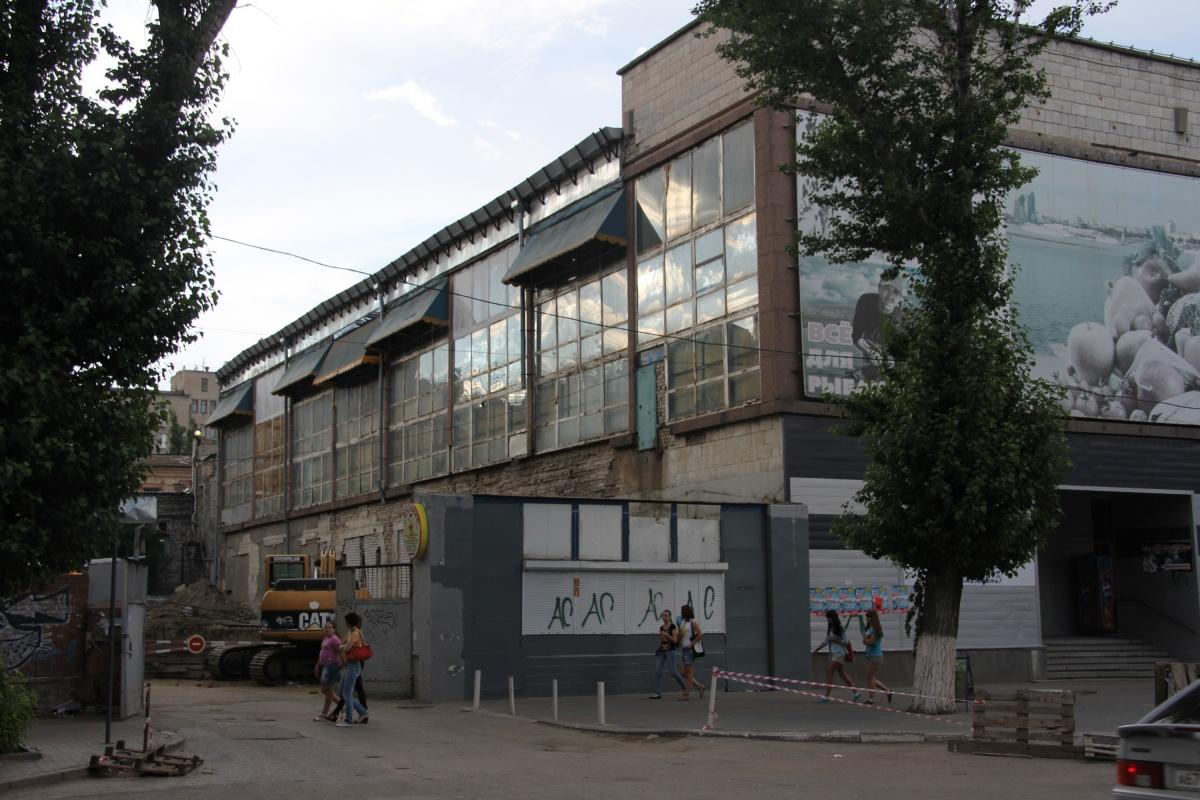 Администрация Волгограда разрешила пристройку еще весной 2012 года