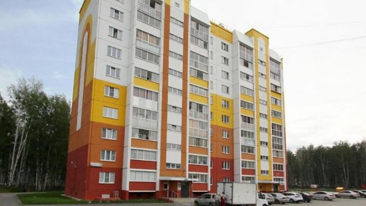 Остановленные из-за долгов управляющей компании лифты в «Парковом» включили после публикации 74.ru
