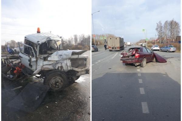 Предварительно машины столкнулись из-за неработающего светофора