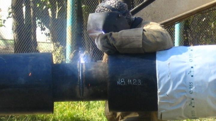 Ремонт теплотрассы в микрорайоне «Солнечный» закончат сегодня ночью