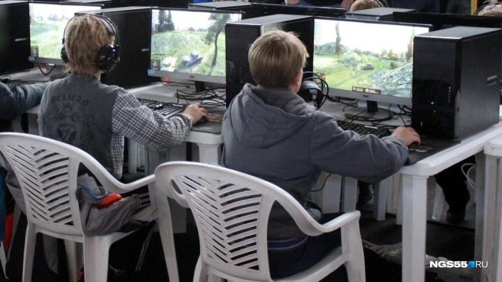 Известные омичи — о связи трагедии в Керчи с компьютерными играми