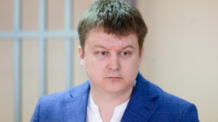 «Сделали козлом отпущения»: врача челябинской больницы приговорили к штрафу за смерть пациентки
