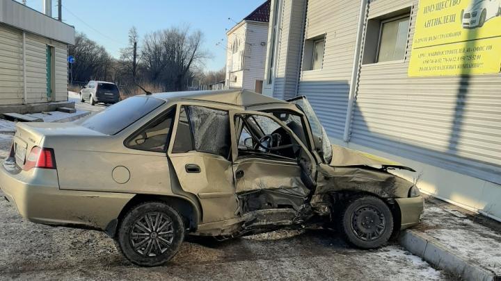 «С какой скоростью ехал?»: жена челябинца, сбившего 11-летнюю девочку, рассказала подробности ДТП