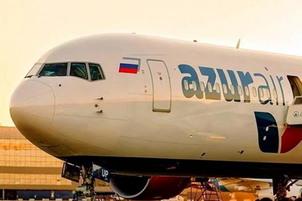Самолёту компанииAZUR air пришлось приземлиться в Омске из-за тумана над Тюменью