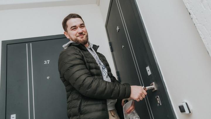 Новоселье в Чурилово: в «ЖК на Эльтонской» досрочно заселили новый дом