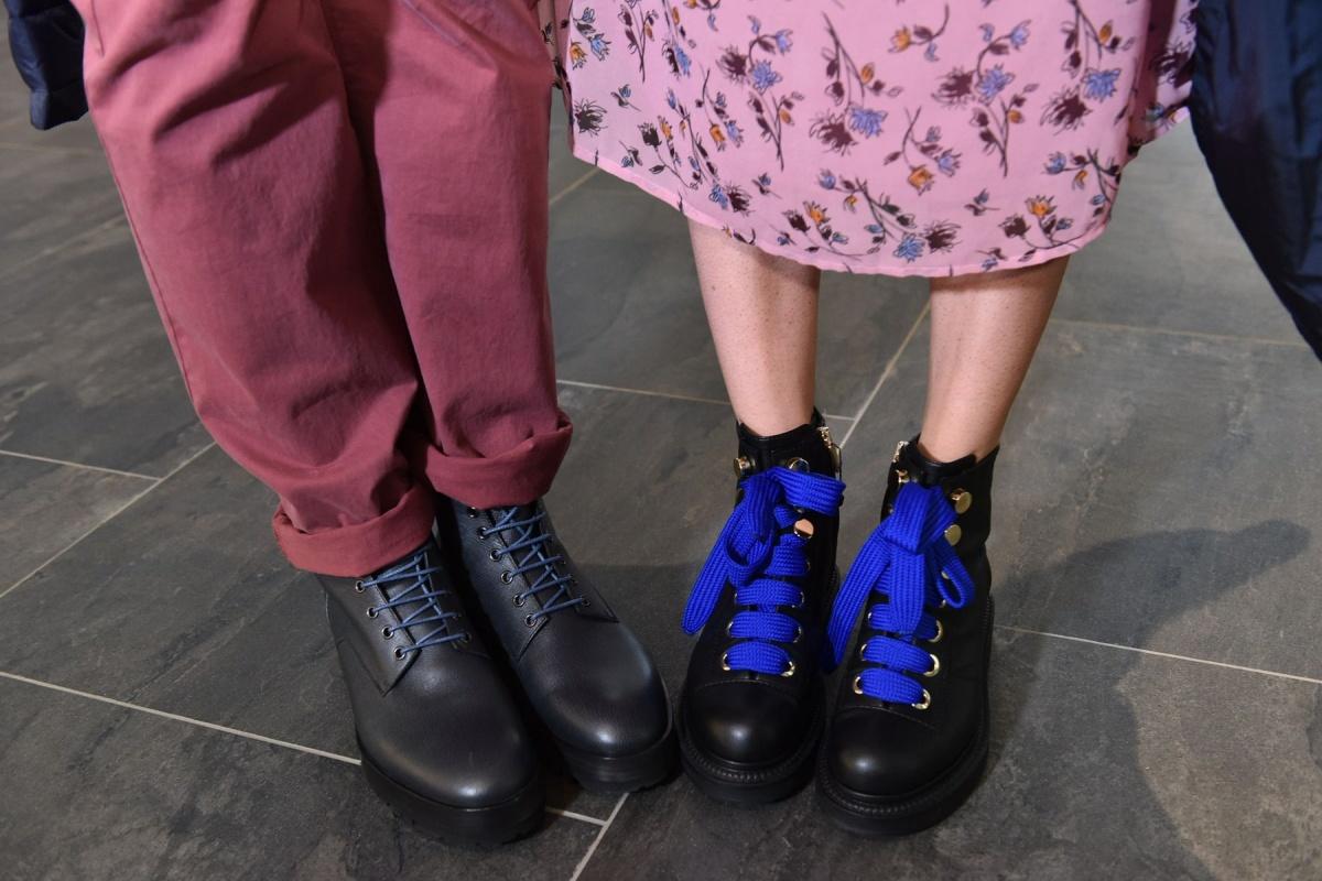 За счёт натуральной кожи и массивной подошвы такие ботинки можно носить и зимой