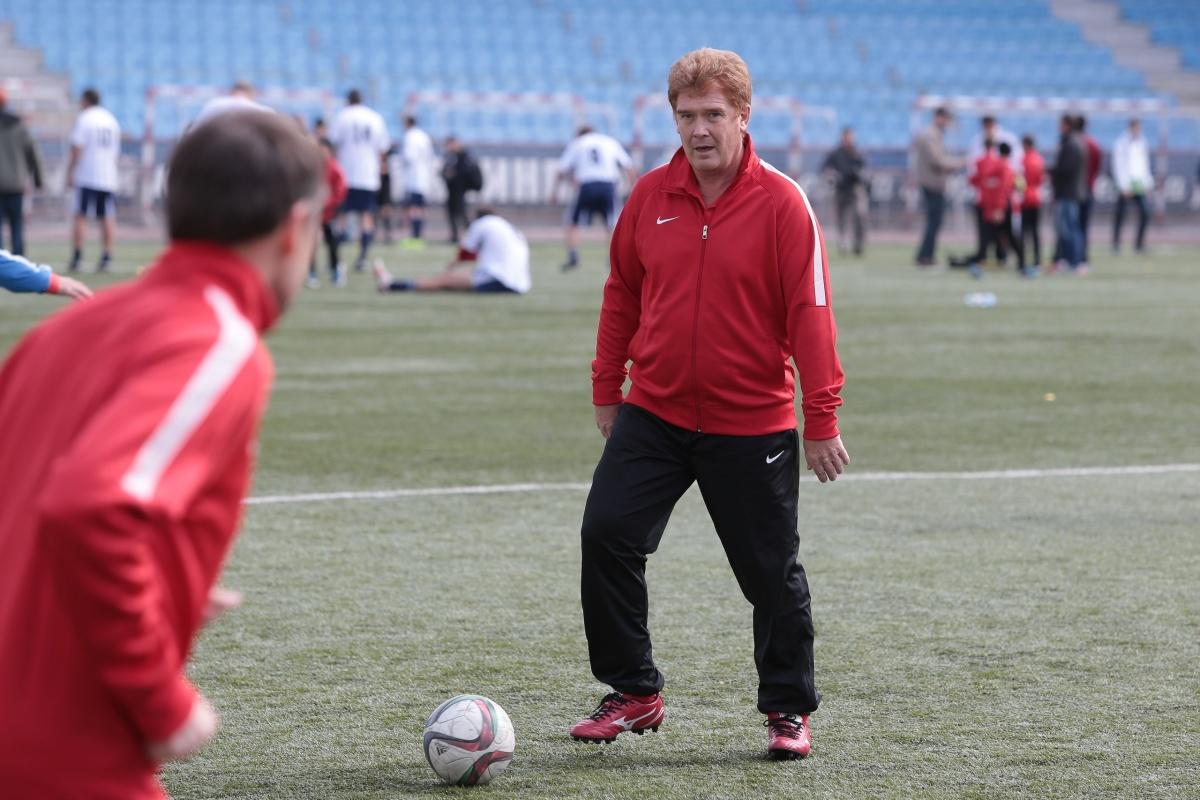 Владимир Елистратов успел подать документы на конкурс за три дня до окончания приёма заявок