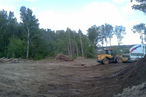 Автодром строит автошкола «За рулём»