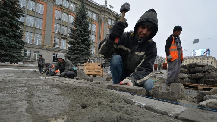 Дорожники будут работать по ночам, чтобы открыть проспект Ленина раньше срока
