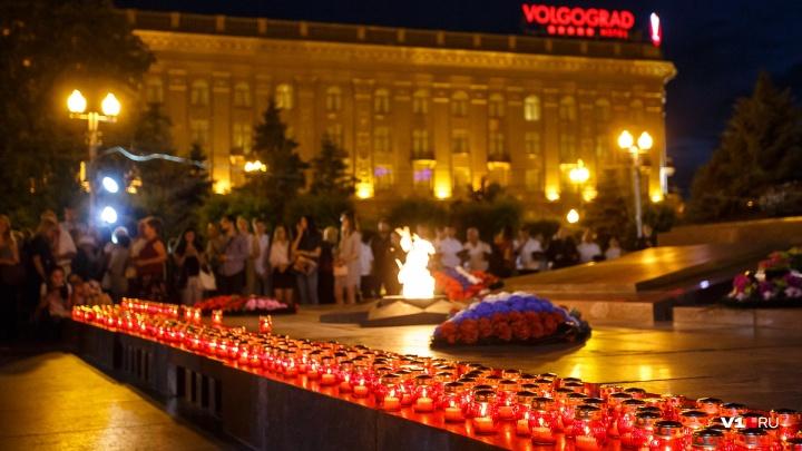«Вся надежда на Путина»: в Волгограде внук автора мелодии у Вечного огня пытается вернуть её городу