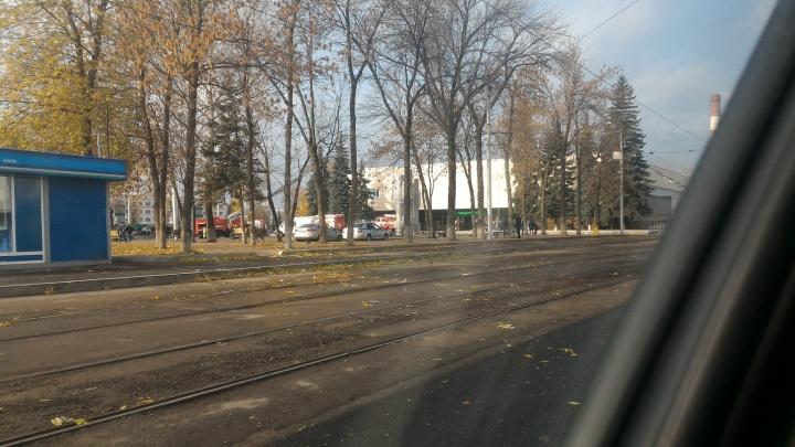 ДК «Юбилейный» в Уфе окружили пожарные