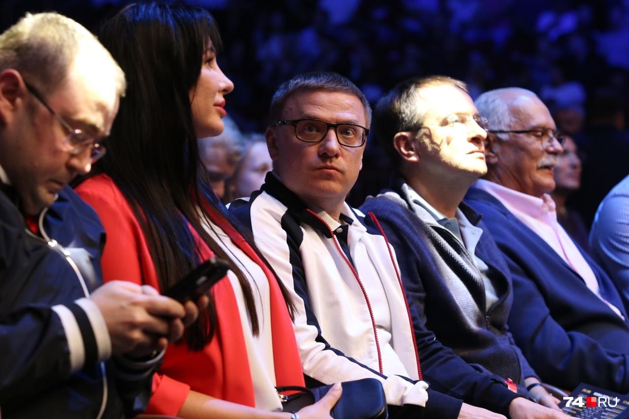 Алексей Текслер сидел рядом с министром культуры РФ Владимиром Мединским и режиссёром Никитой Михалковым
