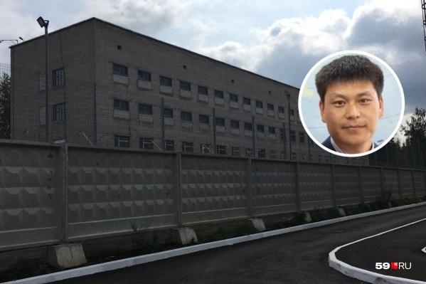 Лю Янькунь находился в спецприемнике для иностранных граждан, вчера он вернулся в общежитие ПГНИУ