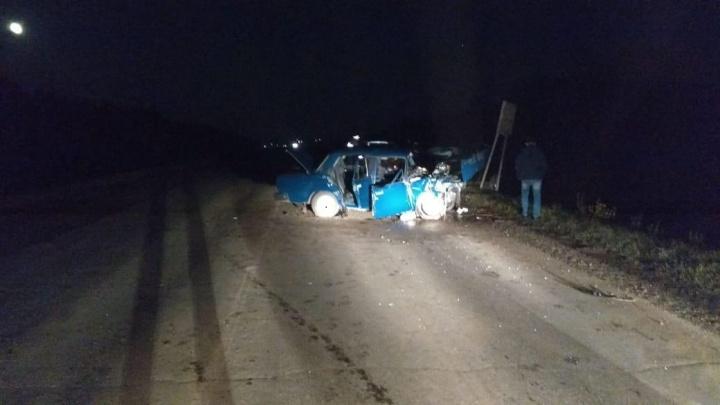 Лоб в лоб: на трассе в Башкирии столкнулись внедорожник и «Лада»