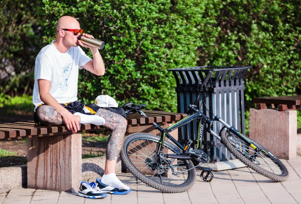 Интересно, а кого в городе всё же больше: велосипедистов или мотоциклистов?