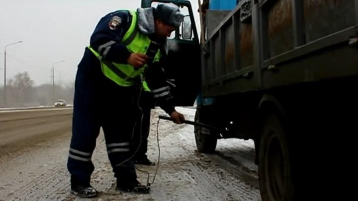 Уровень выхлопов автомобилей в Челябинске будут проверять независимо от погоды