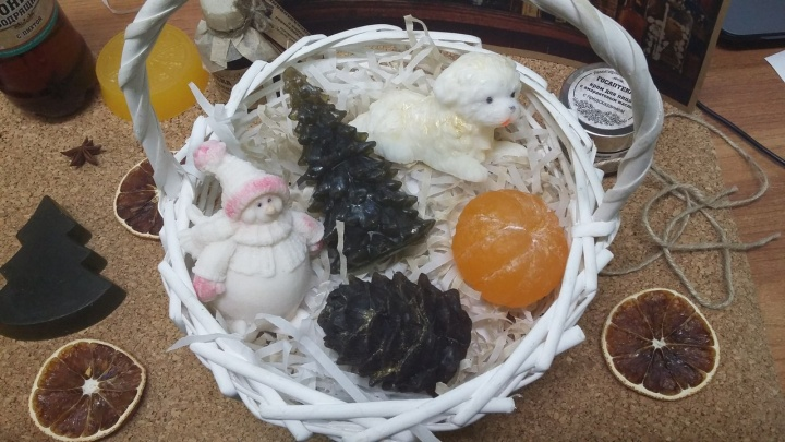 Омская аптека к Новому году выпустила мыло и кремы с предсказаниями