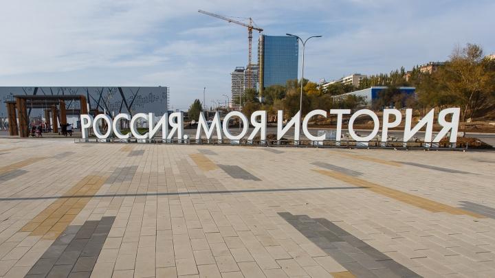 Строители музея «Россия — Моя история» массово просят прибавок к зарплате