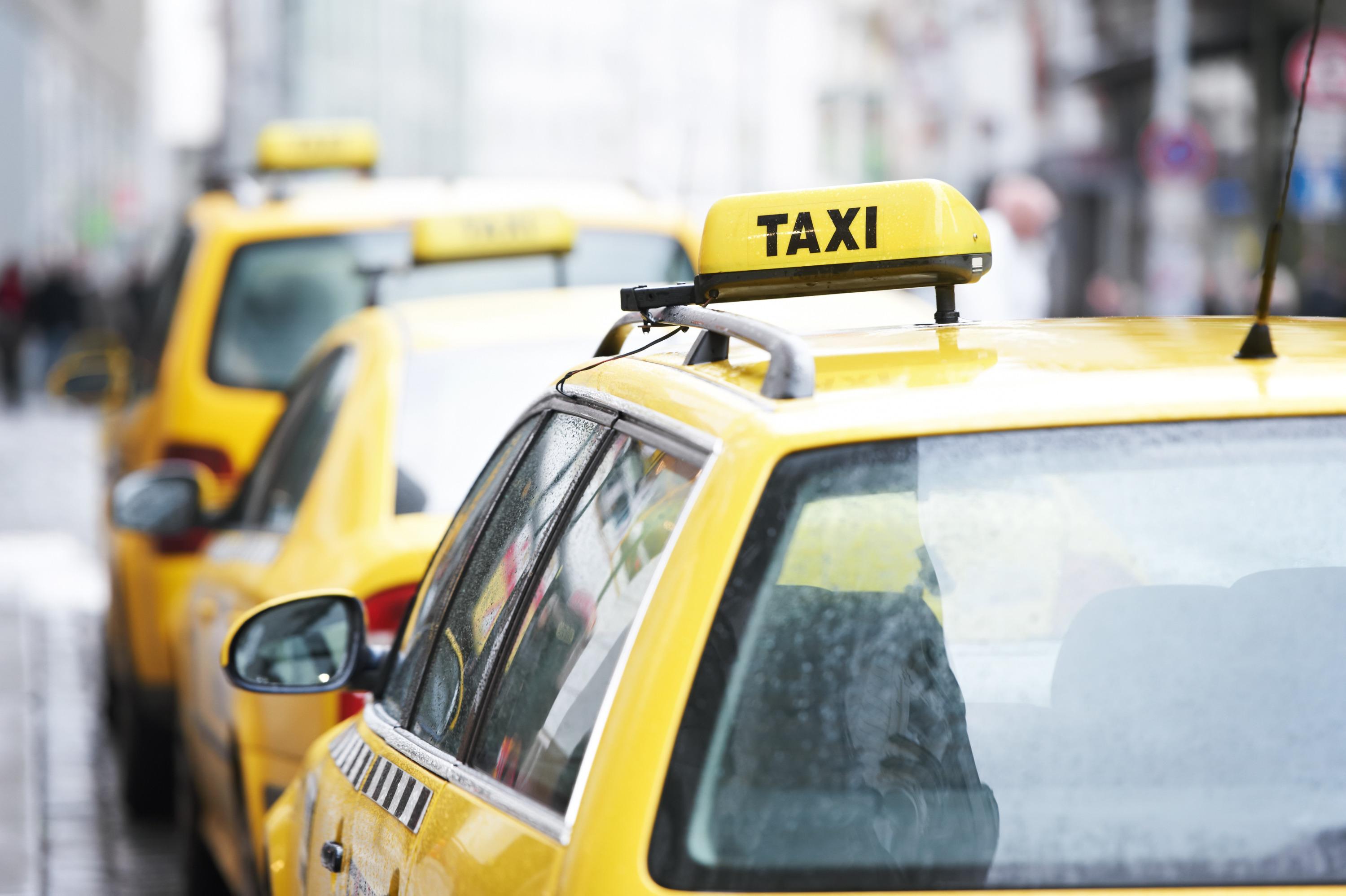 К акции присоединяются в основномте водители, которые находятся в черном списке и не востребованы на рынке такси