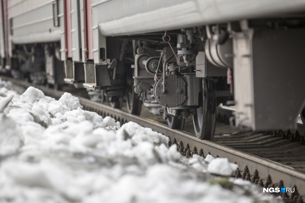 Поезд отрезал пострадавшему стопу