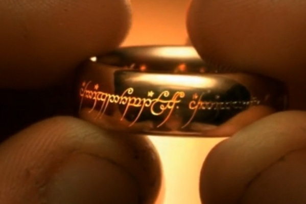 «Одно Кольцо, чтобы править ими всеми и моим будильником», — обвинил магию в своем опоздании повар
