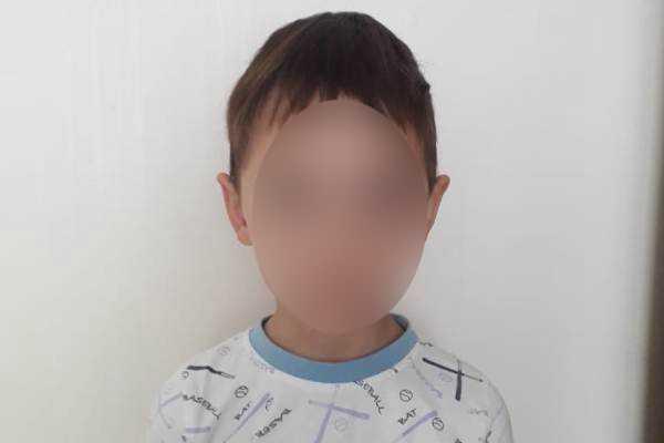 Бродил один по Черниковке: уфимская полиция ищет родителей пятилетнего мальчика