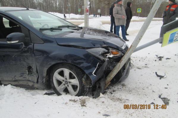 В аварии пострадали девочка и пожилая женщина