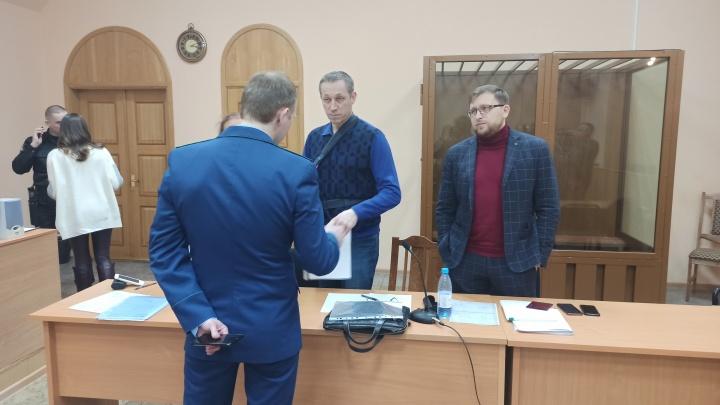 В Архангельске начали рассматривать дело бизнесмена, обвиняемого в мошенничестве на 4 млрд рублей