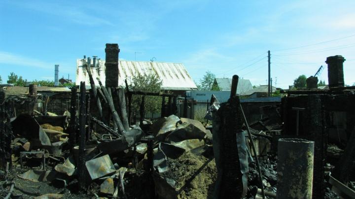 Пенсионер умер на даче в Кургане во время пожара