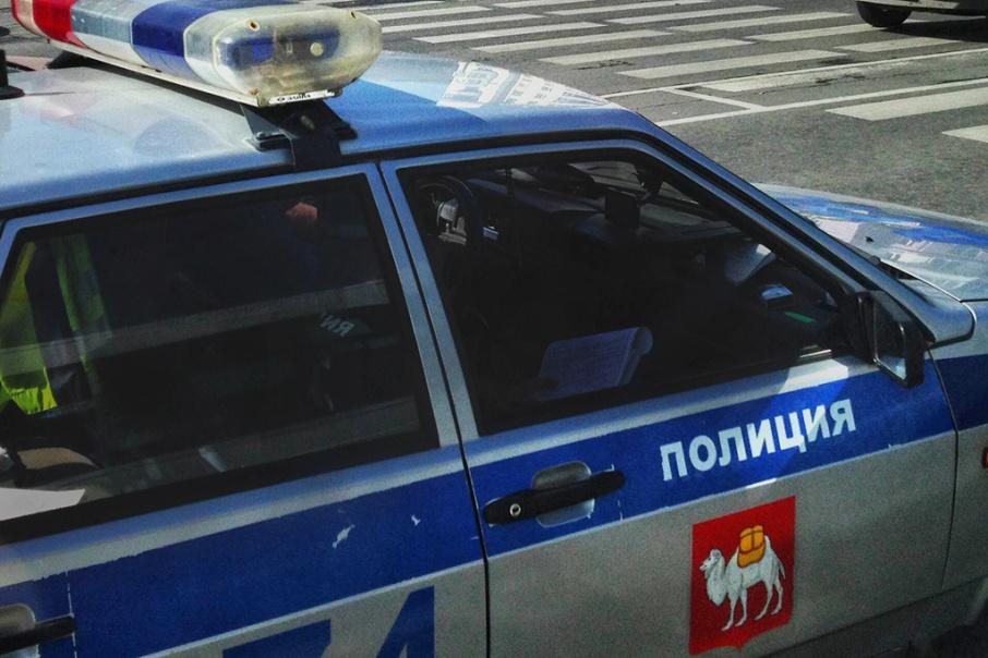 В автомобиле задержанного полицейские нашли аккумуляторы без документов