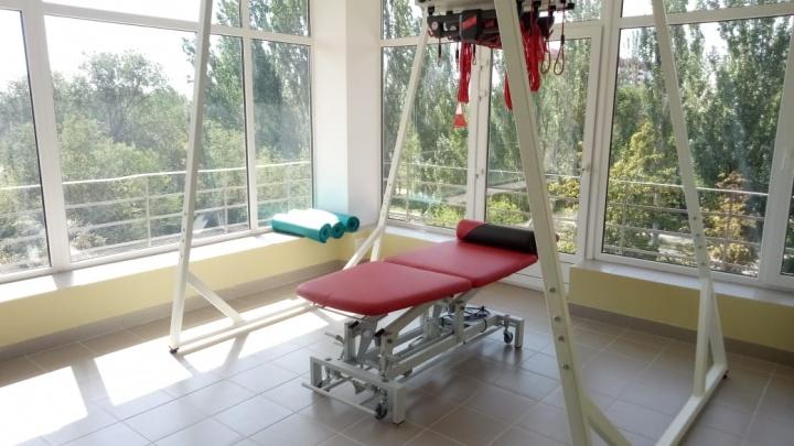 Пришлось сносить стены и потолок: в больнице Фишера в Волжском отремонтировали сосудистое отделение