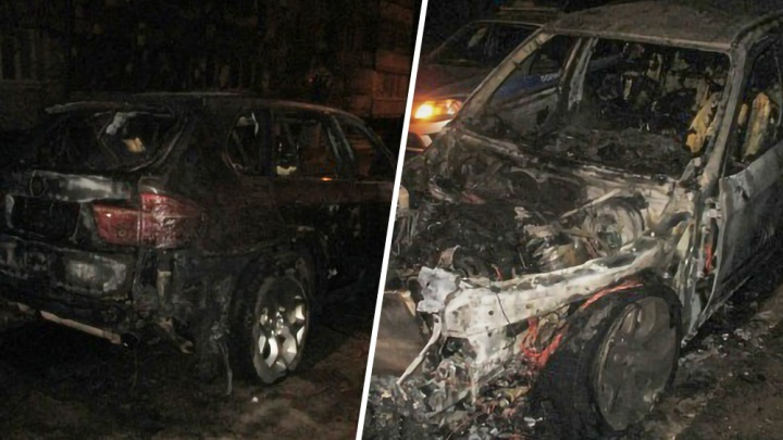 Полицейские поймали трех мужчин, которые сожгли элитный внедорожникBMW в Тольятти