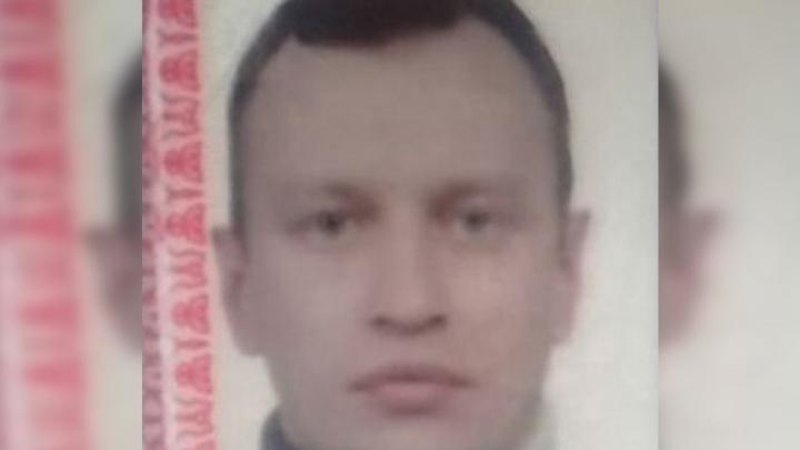 Выехал на машине и пропал: в Ростовской области ищут 40-летнего мужчину