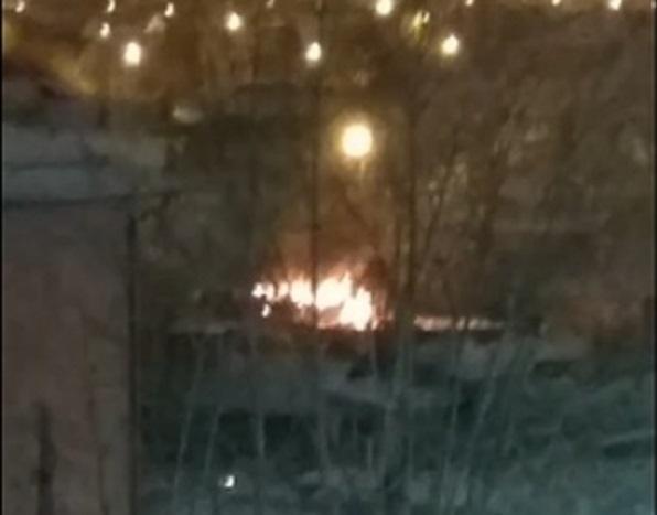 Пожар был на улице Революции вчера в десятом часу вечера