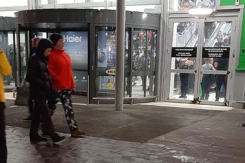 В Самаре из торгового центра «Мега» по тревоге эвакуировали 1500 человек