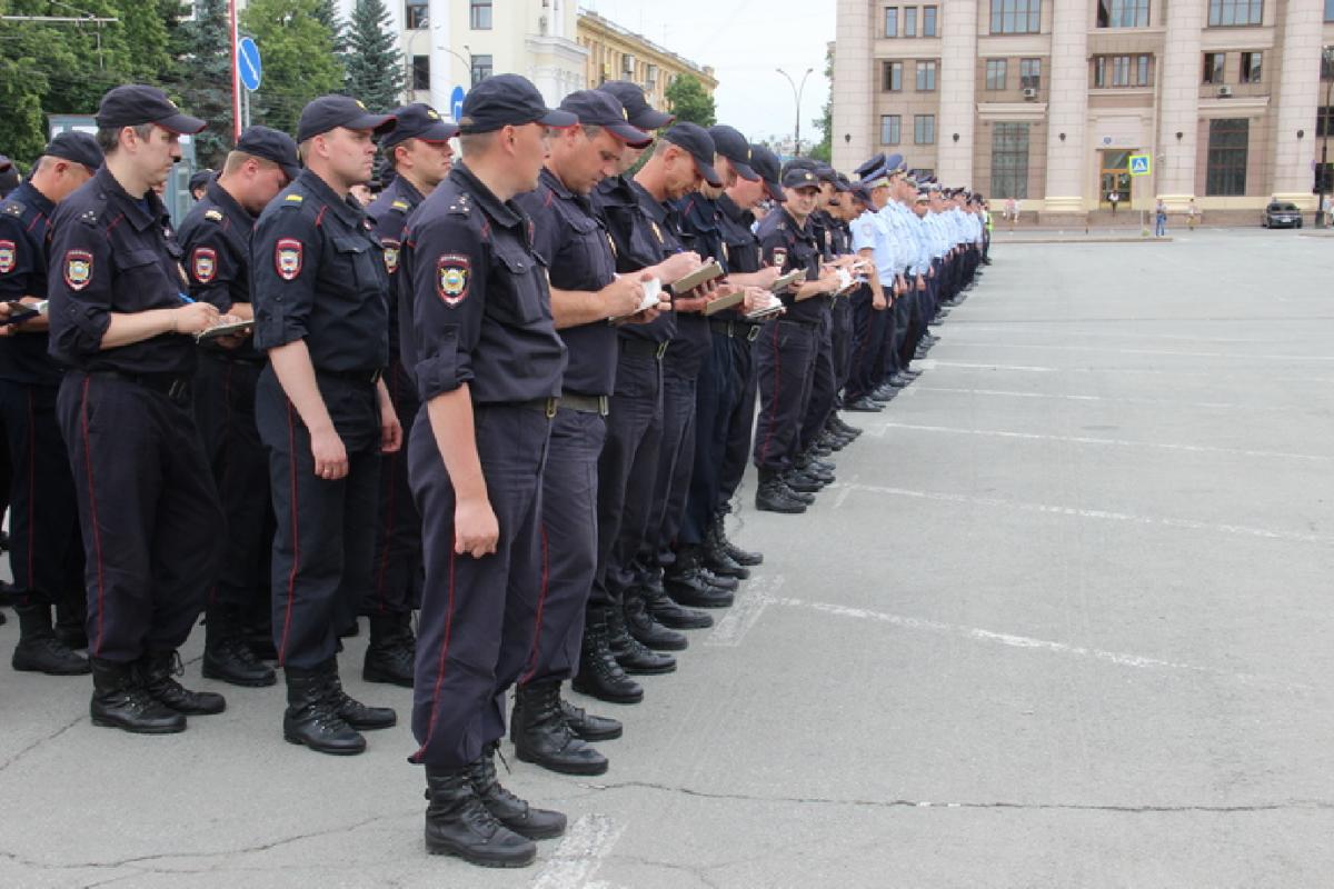 1 сентября сотрудники полиции будут дежурить в каждой школе Челябинска