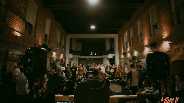 Танцуем брейк-данс прямо в музее и рисуем в темноте: 5 мест «Ночи искусств», которые нужно посетить