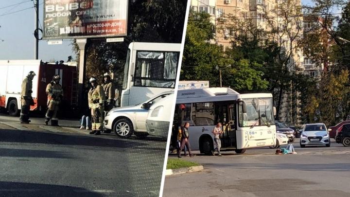 В Ростове пассажирский автобус сбил на пешеходном переходе женщину